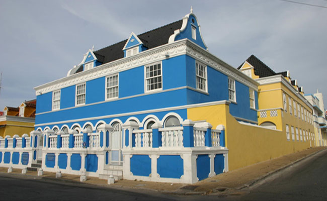 Cura 231 Ao Where Colonial Style Meets Caribbean Colors